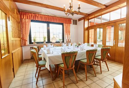 Clubzimmer für bis zu 14 Personen im Hotel Restaurant Pötter in Emsdetten.